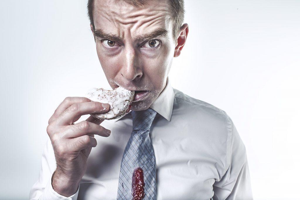 9 Habits that Harm Your Teeth-min